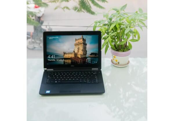 Thời buổi học online vì Covid-19: Top 4 laptop không thể bỏ qua